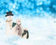 Escena de los hombres de la nieve de la Navidad Fotos de archivo libres de regalías