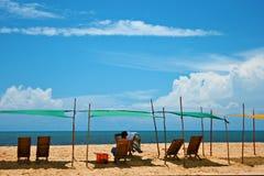Escena de relajación de la playa Foto de archivo libre de regalías