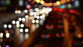 Escena Defocused de la autopista sin peaje de la noche metrajes