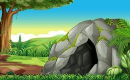 Escena del bosque con la cueva ilustración del vector