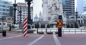 Escena del círculo del monumento en Indianapolis, Indiana 4K almacen de metraje de vídeo