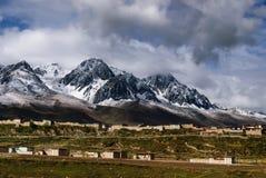 Escena del condado de Ganzi Fotografía de archivo