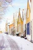 Escena del invierno de una pequeña aldea en Holanda, europ Imagenes de archivo