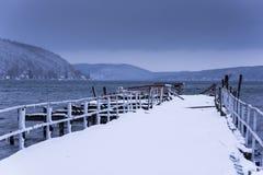 Escena del invierno en el lago Keuka - embarcadero abandonado - Hammondsport, Nueva York Fotografía de archivo