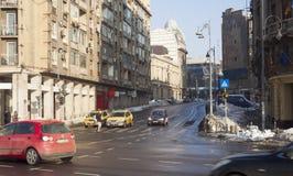 Escena del invierno en la ciudad de Bucarest, capital de Rumania Imagen de archivo libre de regalías