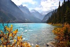 Escena del lago autumn Imagen de archivo