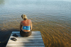 Escena del lago el día de verano fotografía de archivo libre de regalías