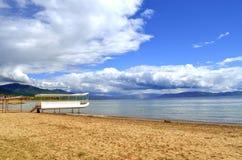 Escena del lago - lago Prespa, Macedonia Imagenes de archivo