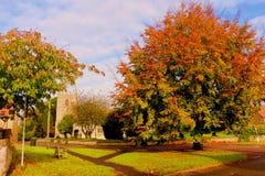 Escena del pueblo del otoño Imágenes de archivo libres de regalías