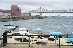 Escena del puerto viejo de Montreal Imagenes de archivo