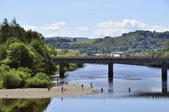 Escena del verano en el río Tay en Perth Escocia Reino Unido Fotos de archivo