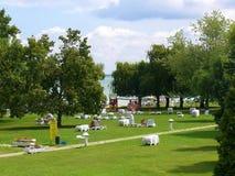 Escena del verano en un jardín del hotel Fotografía de archivo libre de regalías