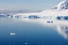 Escena glacial reservada Foto de archivo