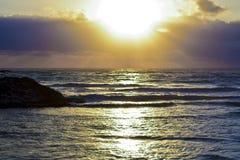 Escena hermosa de la puesta del sol Fotos de archivo libres de regalías