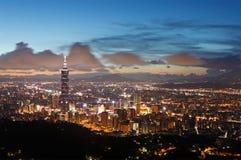 Escena hermosa de la puesta del sol de Taipei Foto de archivo