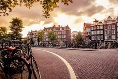 Escena holandesa de la calle de Amsterdam imagen de archivo libre de regalías