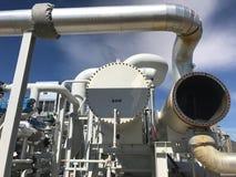 Escena industrial de los tubos y de las bombas Imagen de archivo