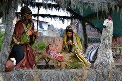 Escena peruana de la natividad imagenes de archivo