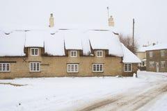 Escena rural del invierno. Fotografía de archivo