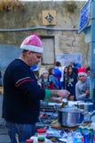 Escena típica del mercado de la Navidad, Haifa Imagenes de archivo