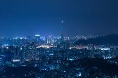 Escenas de la noche de la ciudad de Taipei Fotos de archivo libres de regalías