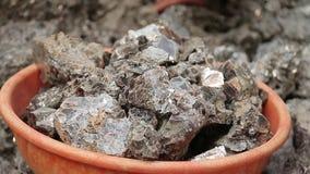 Esclavitud en Asia Trabajadores inexpertos Explotación minera de la mica La India metrajes