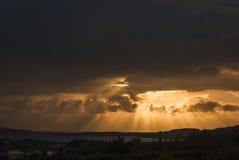 escocia Aultbea En junio de 2009 Puesta del sol sobre la oveja del lago, Escocia Fotografía de archivo