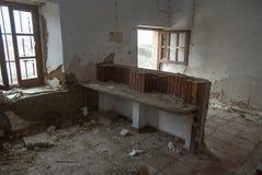 Escola abandonada velha Otero de sariegos Zamora fotos de stock royalty free