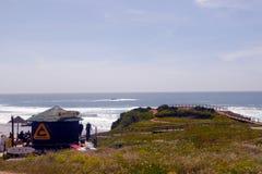Escola da ressaca, céu e oceano azul, feriados e esportes Imagens de Stock Royalty Free