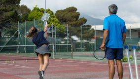 Escola do tênis exterior Fotografia de Stock Royalty Free