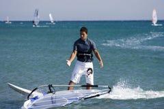 Escola Windsurfing. Imagens de Stock