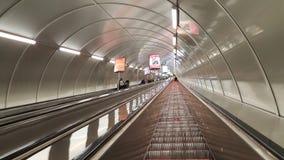 Escolator del tunnel immagini stock libere da diritti