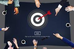 Escolha de objetivos apontando o conceito exato direcional do tiro ilustração royalty free