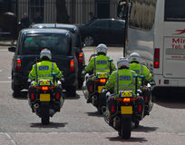 Escolta policial Imágenes de archivo libres de regalías