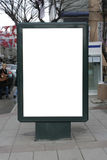 Esconda una cartelera vertical del cartel - incluyendo el cl Fotografía de archivo