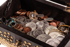 Esconderijo das moedas foto de stock