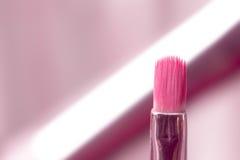Escova cosmética profissional cor-de-rosa Fotos de Stock Royalty Free