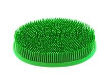 Escova de borracha verde do banho fotografia de stock royalty free