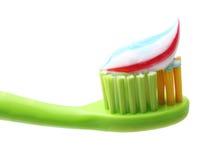 Escova de dentes com a pasta de dente isolada Foto de Stock Royalty Free