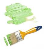 Escova de pintura com pintura da cor Imagem de Stock Royalty Free
