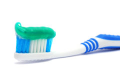 Escova dental com dentífrico Imagem de Stock