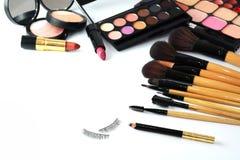 Escova e cosméticos da composição, Fotografia de Stock Royalty Free
