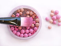 Escova para a composição com esferas do pó Imagem de Stock Royalty Free