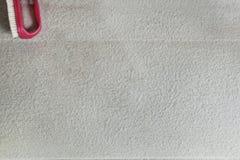 Escova vermelha da mão imagens de stock royalty free