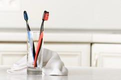 Escovas de dentes Fotografia de Stock Royalty Free
