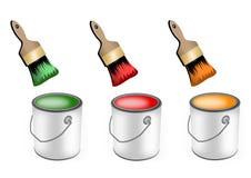 Escovas de pintura e latas da pintura Imagem de Stock