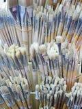 Escovas de pintura no mercado Foto de Stock Royalty Free