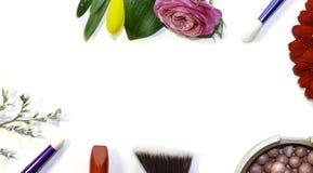 Escovas do batom e da composição imagens de stock royalty free