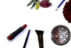 Escovas do batom e da composição fotos de stock royalty free