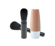 Escovas do cosmético e fundação líquida da composição Imagem de Stock Royalty Free